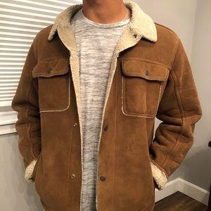 Men's gap fur lined jacket. Large